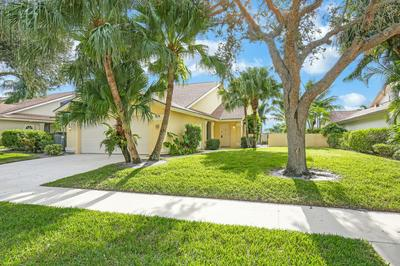 228 RIDGE RD, Jupiter, FL 33477 - Photo 2