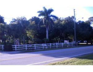 5808 CENTER ST, Jupiter, FL 33458 - Photo 2