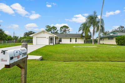 791 SE CELTIC AVE, Port Saint Lucie, FL 34983 - Photo 1