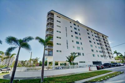 720 BAYSHORE DR APT 605, Fort Lauderdale, FL 33304 - Photo 1
