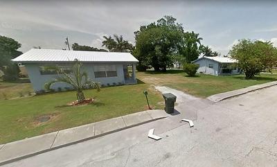 275 CYPRESS AVE, Pahokee, FL 33476 - Photo 1