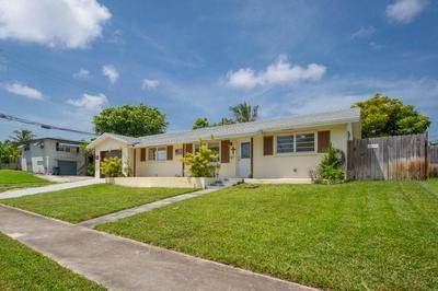 1437 COCHRAN DR, Lake Worth Beach, FL 33461 - Photo 2