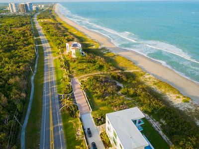 4562 N HIGHWAY A1A, Hutchinson Island, FL 34949 - Photo 2