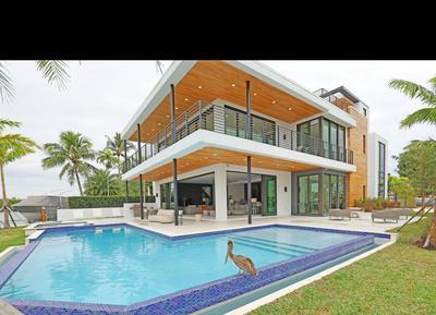 2305 N RIVERSIDE DR, Pompano Beach, FL 33062 - Photo 2