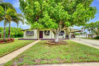 1037 W JENNINGS ST, Lantana, FL 33462 - Photo 1