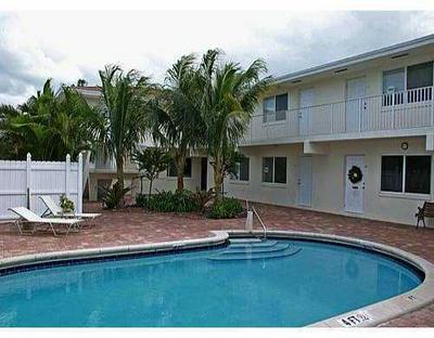 1878 NE 46TH ST APT C7, Fort Lauderdale, FL 33308 - Photo 1