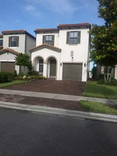 5049 LAUREL OAK DR, Palm Beach Gardens, FL 33410 - Photo 1