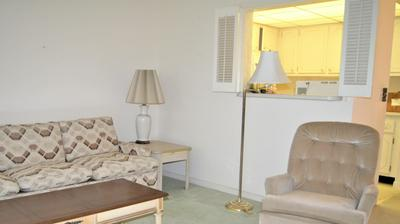 63 DORCHESTER C, West Palm Beach, FL 33417 - Photo 2