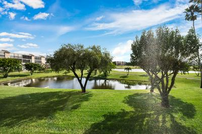 7006 HUNTINGTON LN APT 206, Delray Beach, FL 33446 - Photo 1
