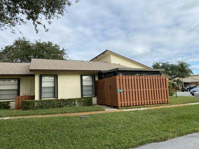 8155 SE VILLA WAY, Hobe Sound, FL 33455 - Photo 2