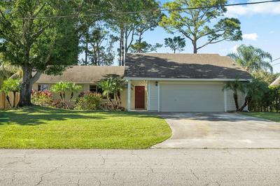 221 SW PISCES TER, PORT SAINT LUCIE, FL 34984 - Photo 2
