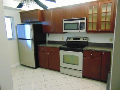 3178 VIA POINCIANA APT 207, Lake Worth, FL 33467 - Photo 1