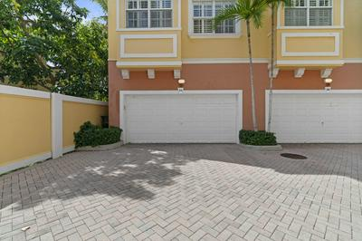 295 NE 5TH AVE APT 24, Delray Beach, FL 33483 - Photo 2