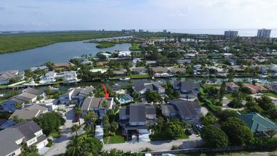 2510 HARBOUR COVE DR, Hutchinson Island, FL 34949 - Photo 1
