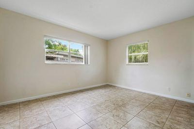 711 NE 7TH ST # 2, Delray Beach, FL 33483 - Photo 2