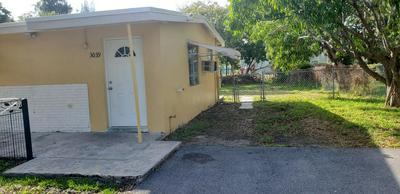 3039 E PALM DR, BOYNTON BEACH, FL 33435 - Photo 1
