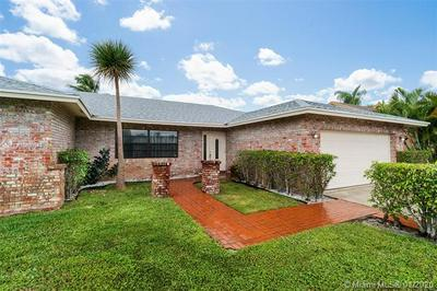 17679 WOODVIEW TER, Boca Raton, FL 33487 - Photo 2