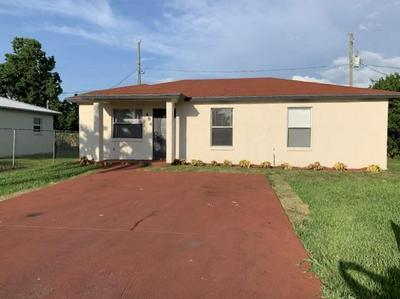 484 E JORDAN BLVD, Pahokee, FL 33476 - Photo 1