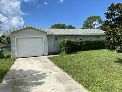 1154 SE PRESTON LN, Port Saint Lucie, FL 34983 - Photo 2