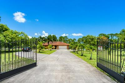 18975 W SYCAMORE DR, Loxahatchee, FL 33470 - Photo 2