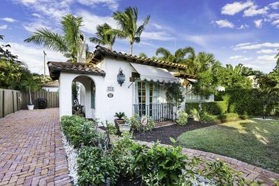 223 LAKELAND DR, West Palm Beach, FL 33405 - Photo 1