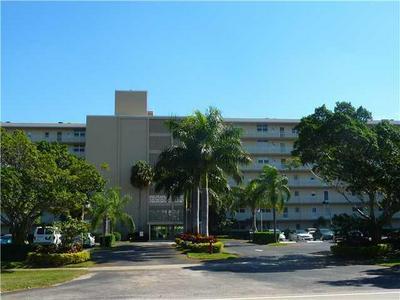 5500 NW 2ND AVE APT 425, Boca Raton, FL 33487 - Photo 1