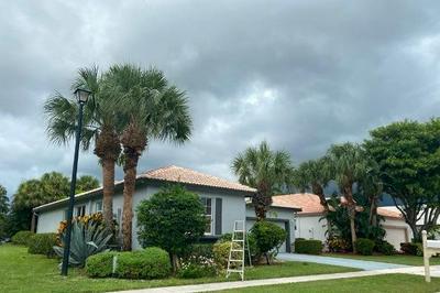 10883 CRYSTAL KEY LN, Boynton Beach, FL 33437 - Photo 2