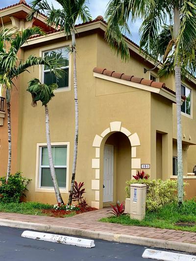 101 MONTEREY BAY DR, Boynton Beach, FL 33426 - Photo 2