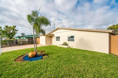 1601 NW 3RD LN, BOYNTON BEACH, FL 33435 - Photo 2