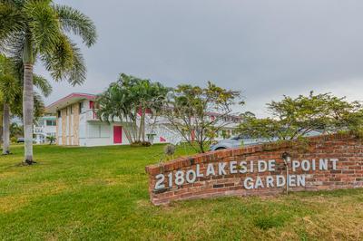 2180 LAKE OSBORNE DR APT 5, Lake Worth Beach, FL 33461 - Photo 2