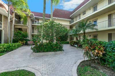 5570 TAMBERLANE CIR APT 131, Palm Beach Gardens, FL 33418 - Photo 2