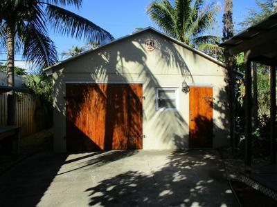 717 COLONIAL RD, West Palm Beach, FL 33405 - Photo 2
