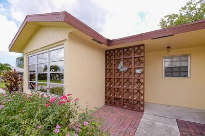 1723 N DOVETAIL DR # A, Fort Pierce, FL 34982 - Photo 2
