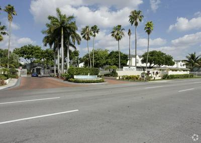 6740 NW 175TH LN # L-20, Hialeah, FL 33015 - Photo 1
