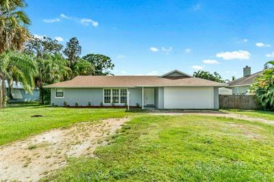 382 SW SAINT LUCIE ST, Stuart, FL 34997 - Photo 2