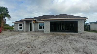 401 SE WHITMORE DR, PORT SAINT LUCIE, FL 34984 - Photo 1
