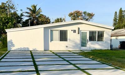 111 GLOUCHESTER ST, Boca Raton, FL 33487 - Photo 1