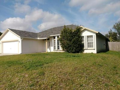 2811 SE PACE DR, PORT SAINT LUCIE, FL 34984 - Photo 2