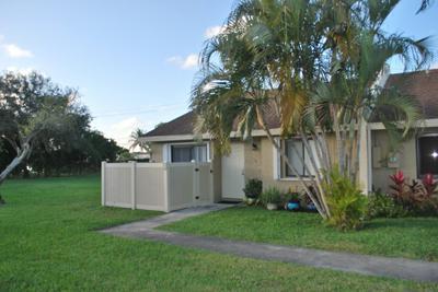 10295 BOCA BND W # L1, Boca Raton, FL 33428 - Photo 1