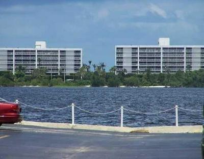 1516 S LAKESIDE DR APT 110, Lake Worth, FL 33460 - Photo 2
