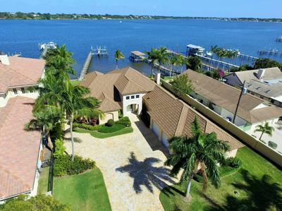 915 SE SAINT LUCIE BLVD, Stuart, FL 34996 - Photo 2