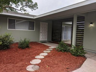 382 NE CULLMAN CT, Port Saint Lucie, FL 34983 - Photo 2