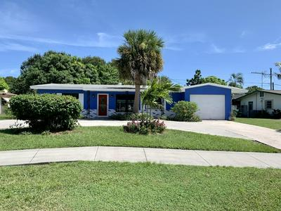 301 RIOMAR DR, Port Saint Lucie, FL 34952 - Photo 1