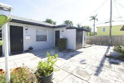 220 WALTON BLVD APT 4, West Palm Beach, FL 33405 - Photo 2