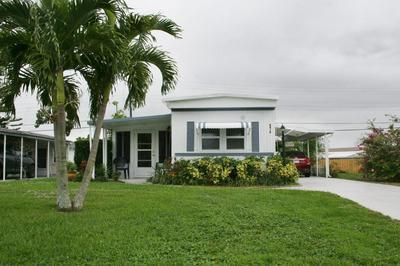 8418 SE SWAN AVE, Hobe Sound, FL 33455 - Photo 1