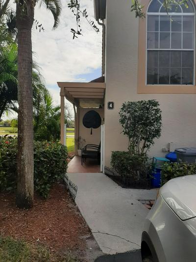 14394 VIA ROYALE APT 4, Delray Beach, FL 33446 - Photo 1