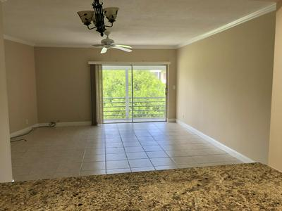 5501 NW 2ND AVE APT 310, Boca Raton, FL 33487 - Photo 2
