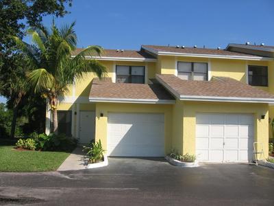 663 DOVER ST APT 3, Boca Raton, FL 33487 - Photo 1