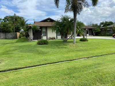 514 SE BROOKSIDE TER, Port Saint Lucie, FL 34983 - Photo 2