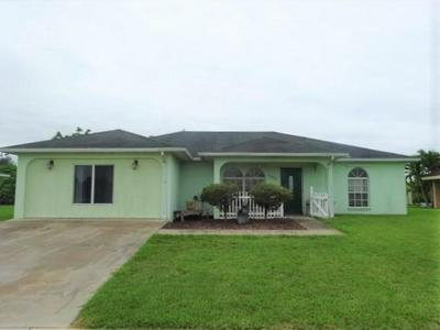 1023 W AZTEC AVE, Clewiston, FL 33440 - Photo 1